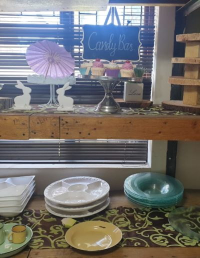 cake stands and platters